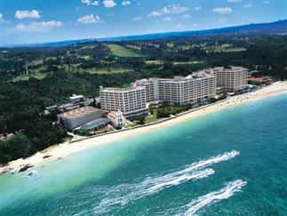 【沖縄本島】9月出発まで!エメラルドグリーンの海まで徒歩0分♪リザンシーパークホテル谷茶ベイ