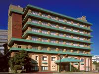 【特大バーゲン♪】マドンナ衣装のスタッフがお出迎え ホテル椿館 別館
