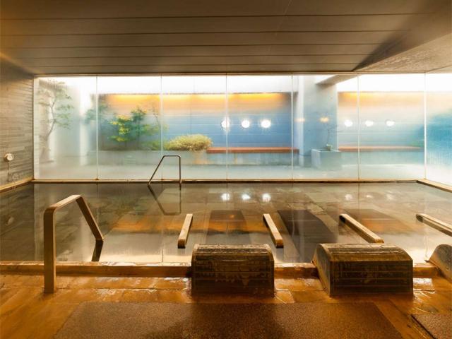 天然温泉「加賀の湧泉」
