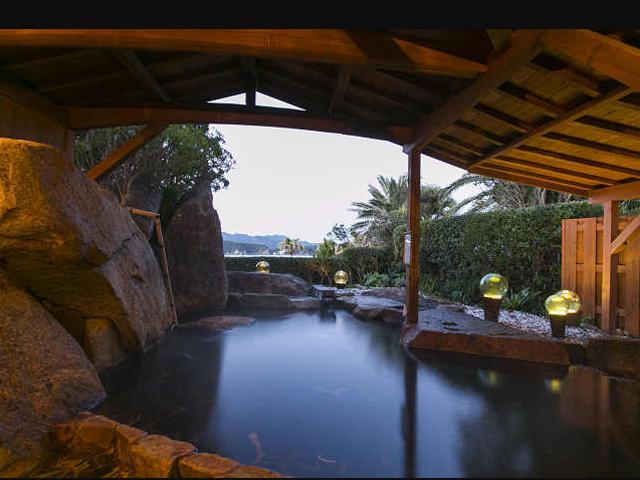 露天風呂(岬波の湯) 大浴場(暖海の湯)