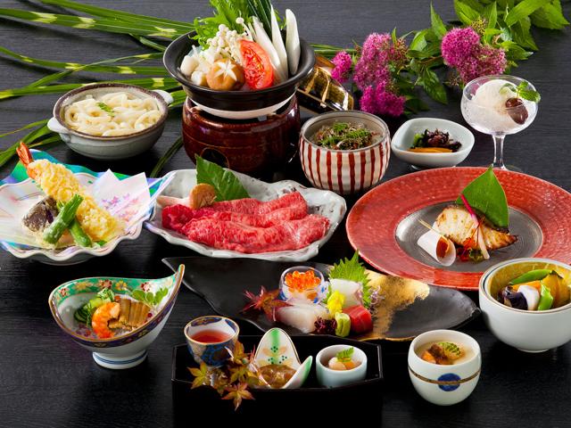 広間:広間とは他のお客様とご一緒のお食事会場