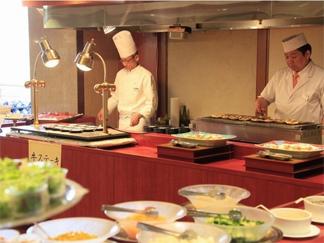 レストラン 花水木(バイキング)