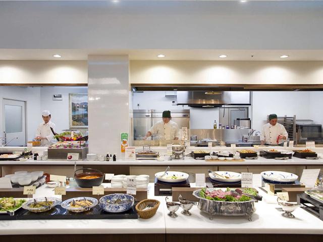 レストラン Buffet TSUBAKI 夕食