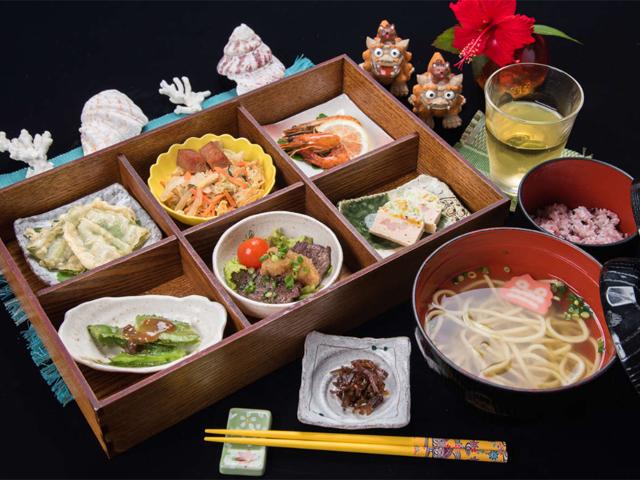 西表島地産地消のお店 レストラン「サミン」
