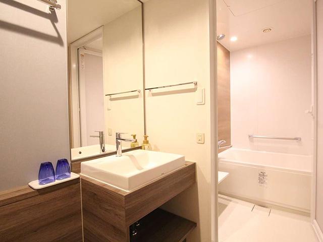 洗い場付き浴室