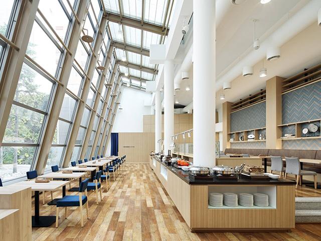 1階Restaurant LUONTO