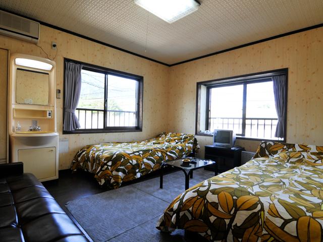 ツインルーム ※客室例
