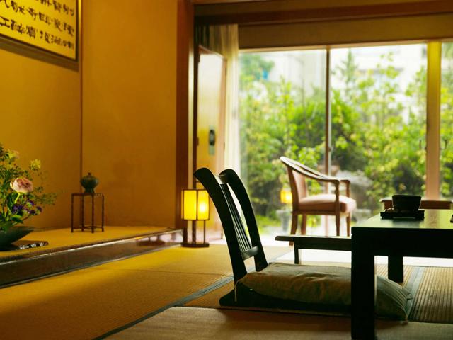和室 (8~12.5畳) ※客室例