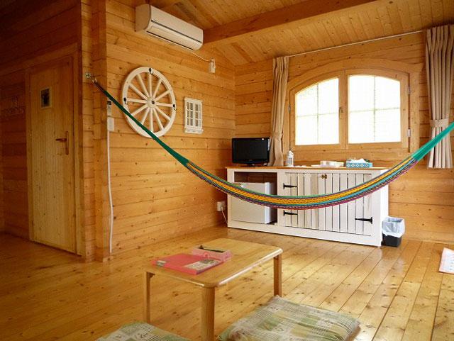 Cタイプ コテージ (約10畳) ※客室例