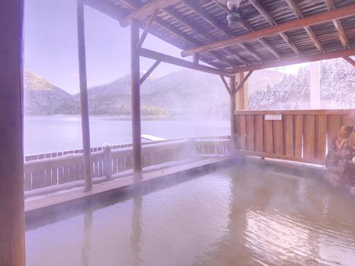 展望浴場「天風」湖畔露天風呂