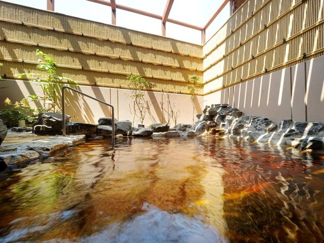 天然温泉「知床の湯」