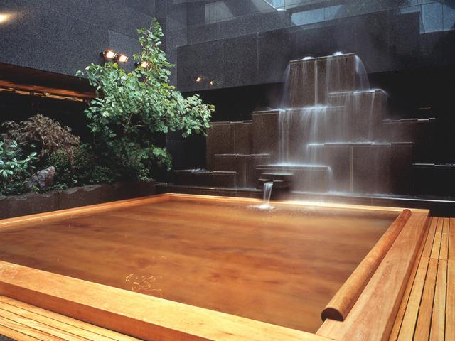 天然温泉「湯香郷」