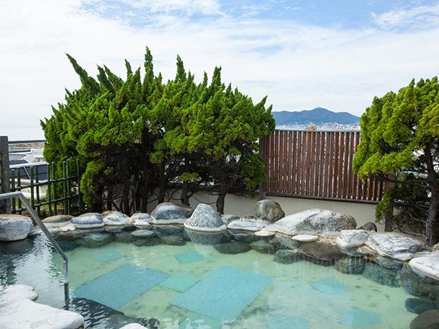 空中大浴殿「雲海」・空中露天風呂「いさりび」