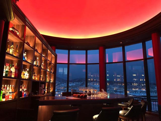 最上階BARラウンジ Duomo Rosso
