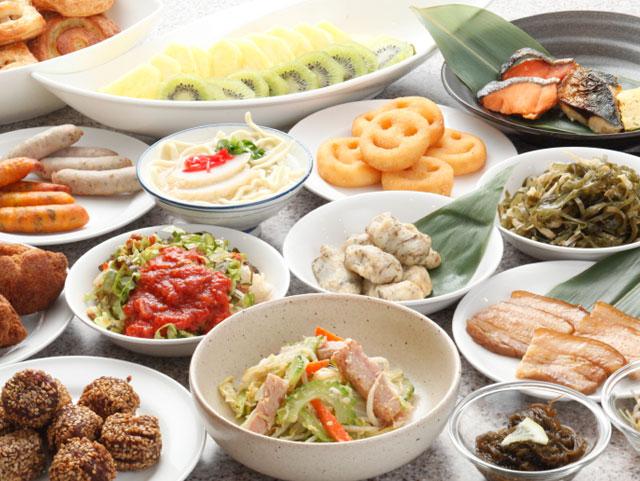 和×洋×沖縄のビュッフェスタイルの朝食