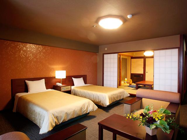 スタンダード和洋室(8畳和室+ツインベッド+ソファー付)※客室一例
