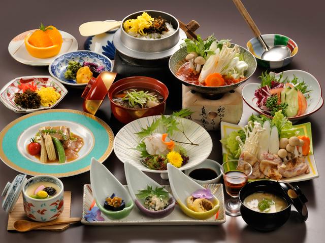 季節の会席料理(夕食イメージ)