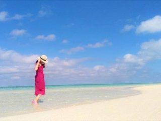 那覇空港から30分の楽園!目指すは東洋一美しいと言われる砂浜だけの無人島「ハテの浜」!久米島1泊2日観光モデルコース