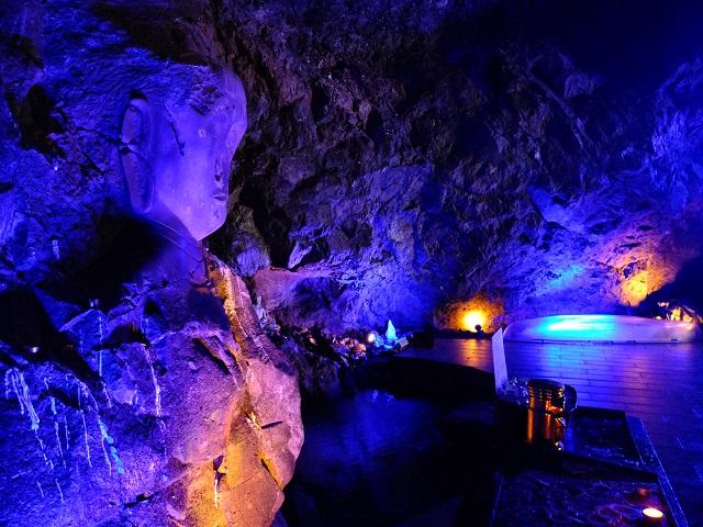 空中展望台スカイバード/聖域の岬 青の洞窟