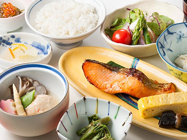 朝食のご案内(ガーデンダイニング 環樂(わらく)/和定食)