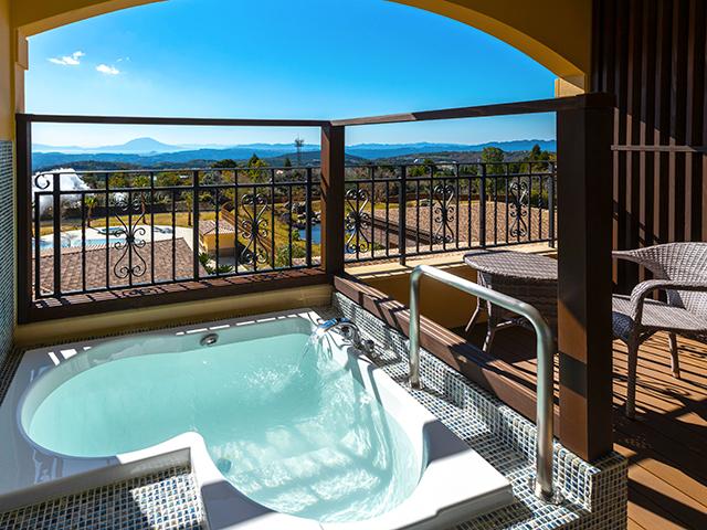 全室に天然温泉露天風呂付き