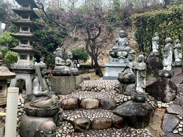鶴林山地蔵院