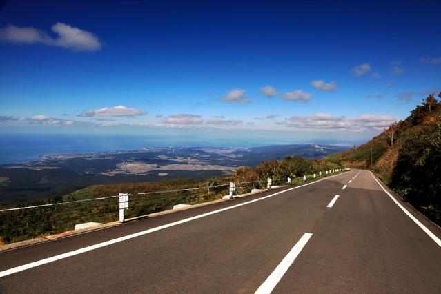 鳥海ブルーライン・大平山荘展望台